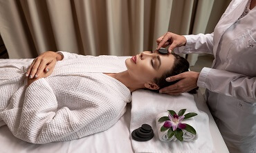 Crystal Therapy and Reflexology