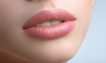 Makeup LIPS For Professionals