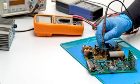 Master In Digital Electric Circuits