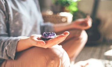 Master in Crystal Therapy and Healing